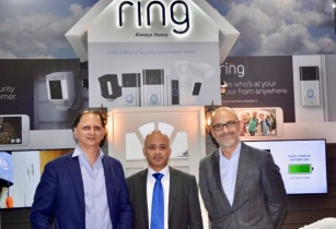 Rohit Gandotra Senior Director Xcite by Alghanim Mohammad Meraj Hoda VP BD Ring Fernando Vicente Lopez VP of Electronics Alghanim