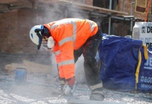 Construction workers should use RPE to prevent silicosis
