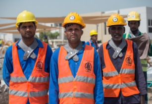 Emerson's neck freezer pack to help UAE workers beat the heat